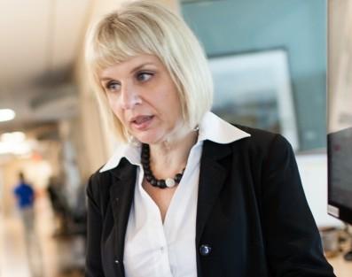 Dr. Azra Bihorac
