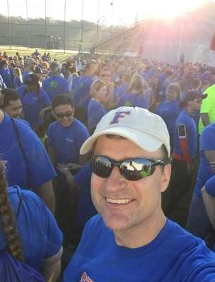 Dr. Dore at the 2016 Heart Walk