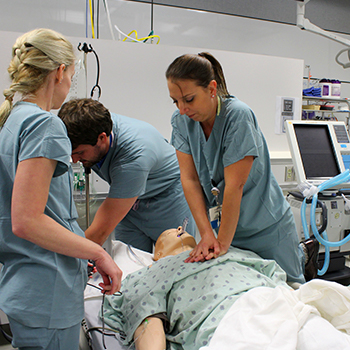Critical care medicine fellows working in the simulation lab