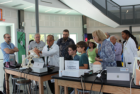 Dr. Lampotang teaching at the Cade Museum