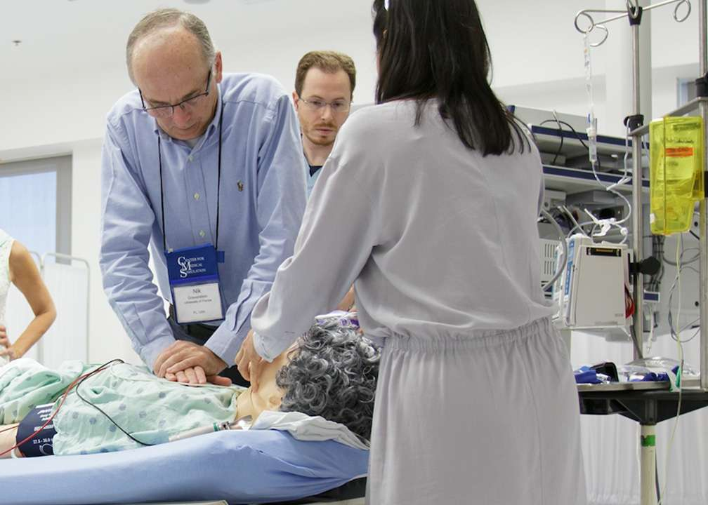 Nik Gravenstein, MD, training residents on a simulator