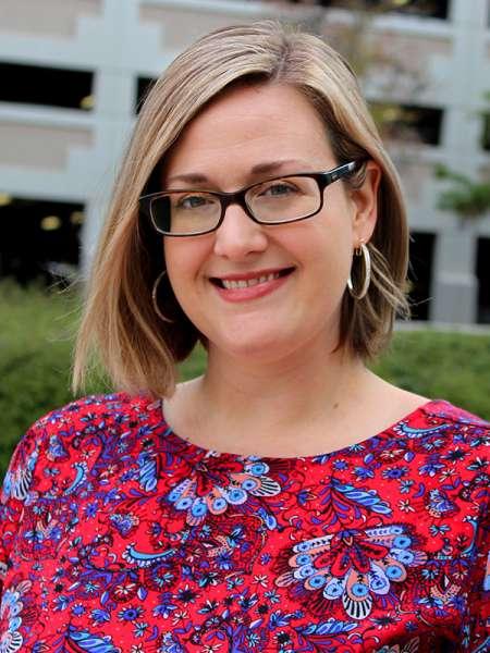 Christina Hendricks, MA